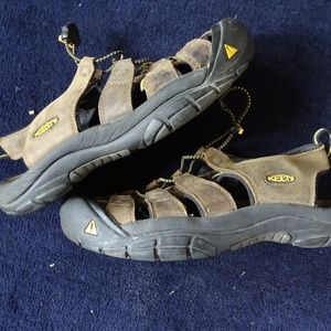 Keen Newport Mens Sandals Waterproof Size 10